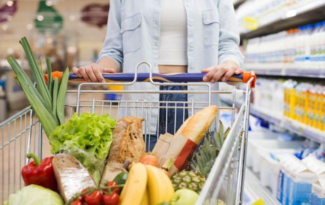 Названы самые опасные продукты для женщин после 30 лет