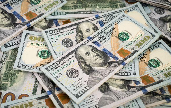Курс доллара падает второй день подряд