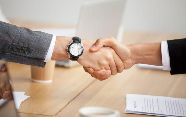"""Закон об """"инвестнянях"""" вступил в силу: как будут поддерживать инвесторов"""