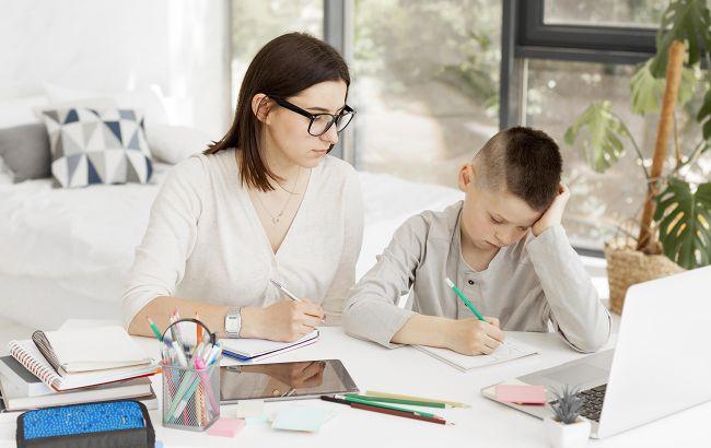 Верховный суд: отстранение от занятий не привитого по возрасту ребенка - законно