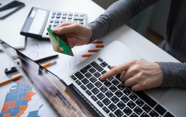 В Украине могут разрешить покупки в интернете без налогов, но есть лимит