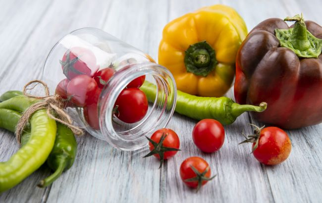 Маринуем помидоры на зиму: самый быстрый и простой рецепт