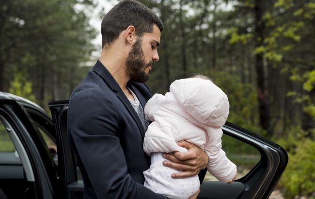 Украинцам разрешили перевозить детейв авто на переднем сиденье при определенном условии