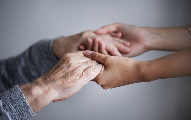 Что значит дрожь в руках, и когда нужно немедленно бежать к врачу