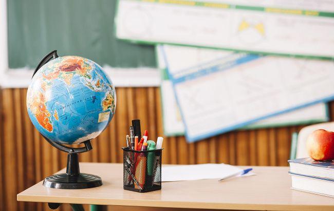 День учителя 2020: главные традиции и обычаи любимого праздника