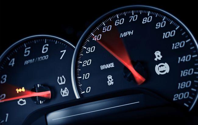 Українських водіїв попередили про обмеження швидкості з листопада: де саме