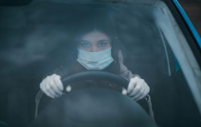 Водителям сCOVID-19 рассказали, с какими симптомами нельзя садиться за руль