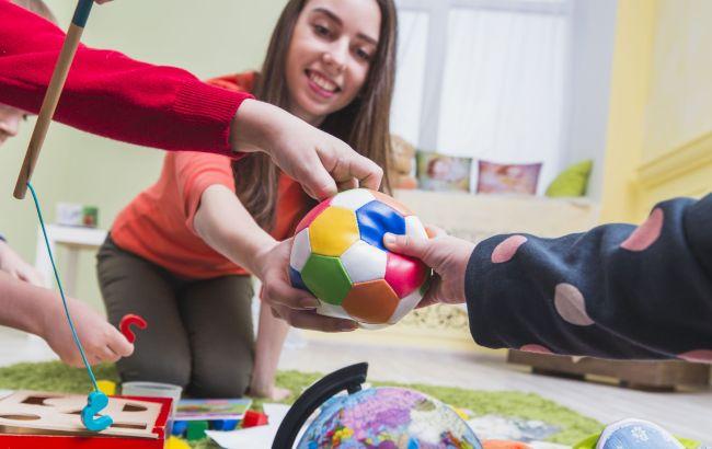 День вихователя в Україні: коли відзначаємо і які є традиції