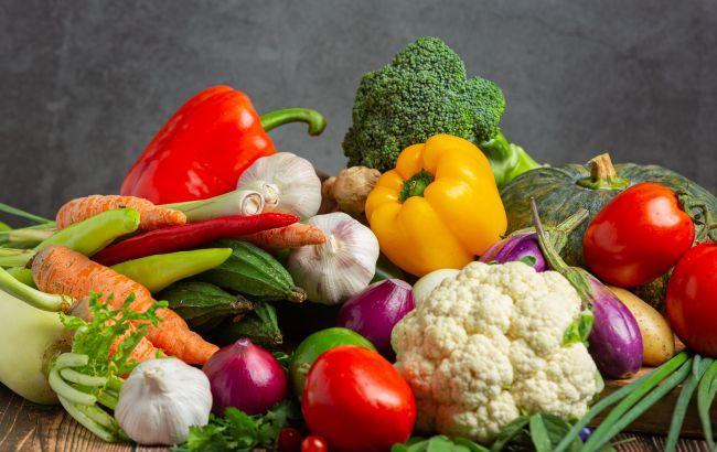В Украине могут рекордно подорожать популярные овощи: в чем причина