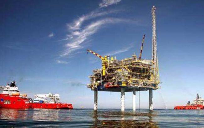 Фото: видобуток нафти в Індії
