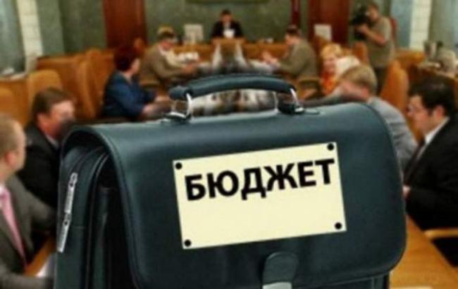 Госбюджет на1сентября сведен спрофицитом 38,5 млрд грн