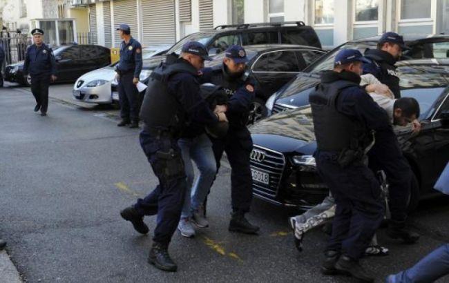 Фото: затримання сербів у Чорногорії