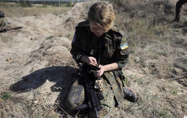 Фото: Жінка-боєць АТО (Lidovky.cz)