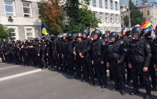 """Фото: правоохранители на """"Марше равенства"""" в Киеве (РБК-Украина)"""