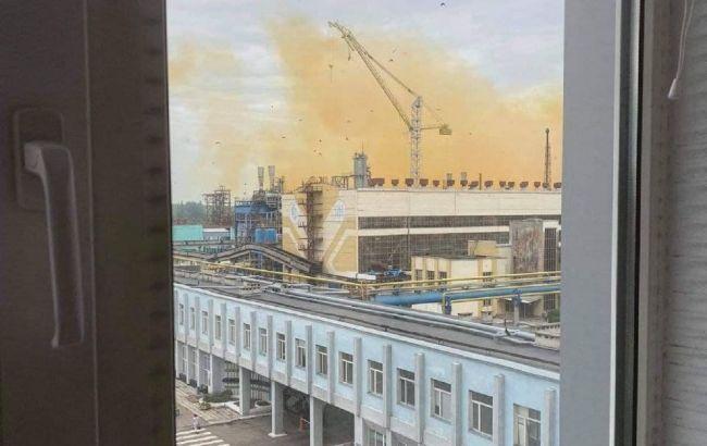 Химик рассказал, чем опасен газ, который вытек на заводе под Ровно: может вызвать отек легких