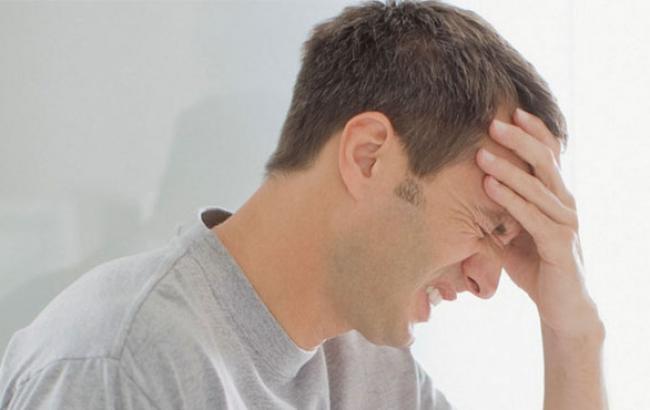 Фото: Головний біль здатна виснажити (golovabolit.net)