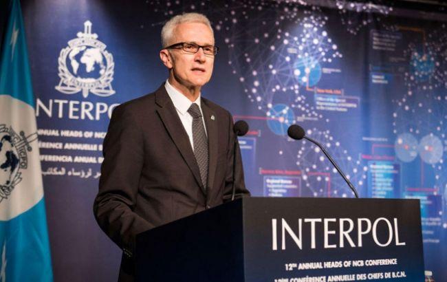 Фото: генсек Інтерполу Юрген Шток закликав використовувати біометричні дані для розшуку терористів