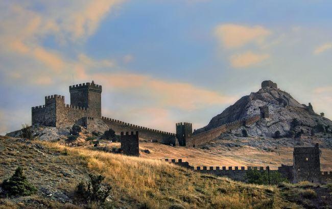В Крыму разрушают памятник архитектуры ради гостиницы и туалетов