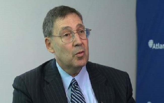Экс-посол: США не согласны на федерализацию Украины взамен на Донбасс и АРК