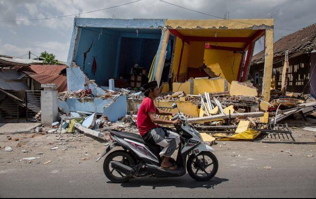 Сильна повінь в Індонезії: загинули 66 людей