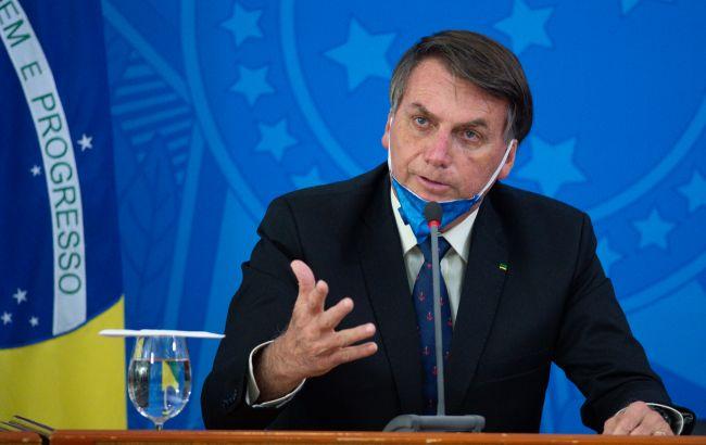 Поширював фейки про COVID: Youtube видалив відео президента Бразилії
