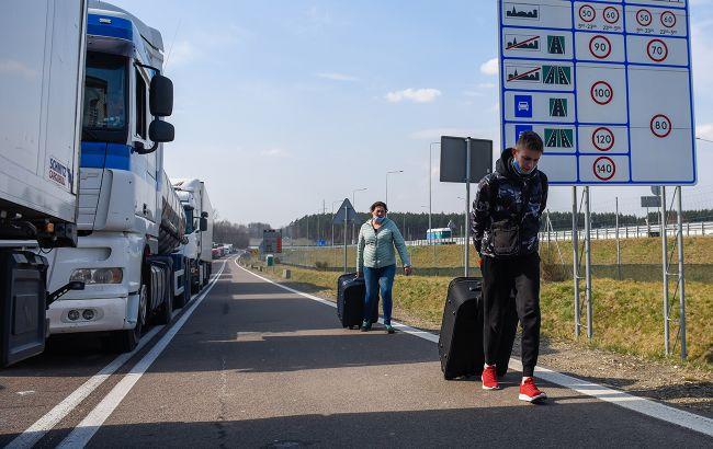 У Латвії на кордоні з Білоруссю затримали три групи нелегалів