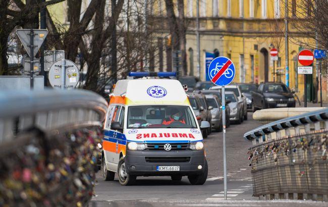 Польша заявила о рекордных показателях COVID-случаев и смертей с мая