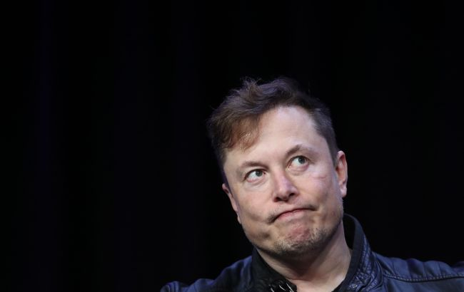 Маск опустился на третью строчку в списке богатейших людей, - Bloomberg
