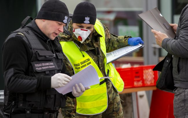 Польща з 30 березня змінює правила в'їзду: українців будуть відправляти на карантин