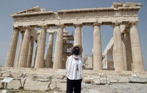 Евросоюз предостерег от посещения популярных греческих островов из-за COVID-19