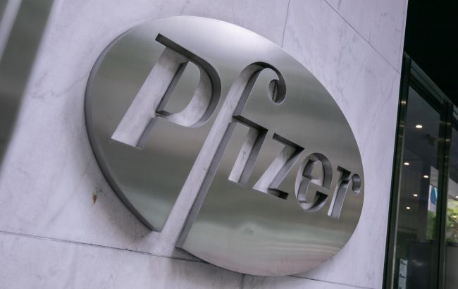 Pfizer запросила дозвіл на застосування в ЄС своєї вакцини для підлітків