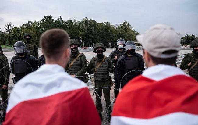 Власти Беларуси хотят ликвидировать ассоциацию журналистов страны: Минюст подал иск в суд