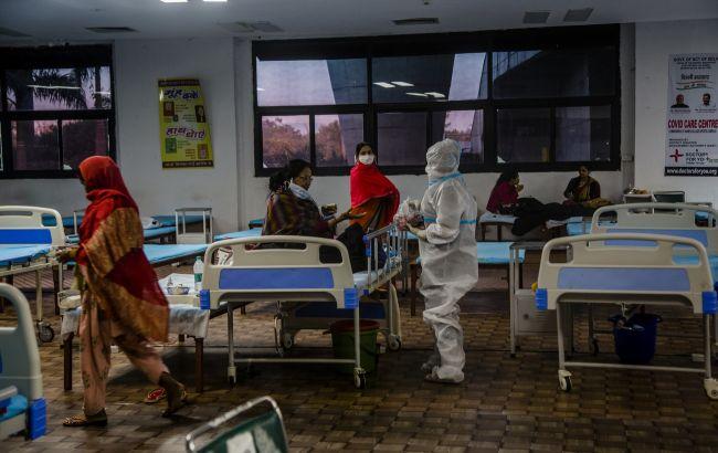 В Индии в COVID-больницах не хватает кислорода: врачи грозятся не принимать больных