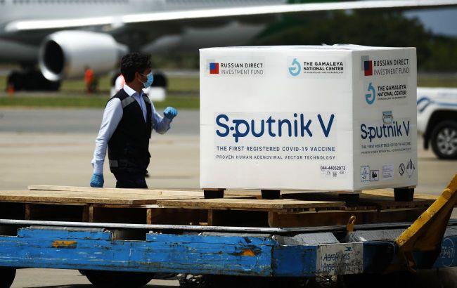 В ЄС заявили про запізнення російської вакцини в Європі