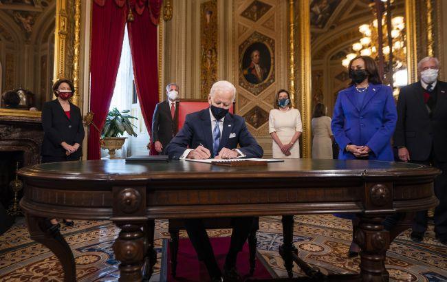 Президент №46. Байден ухвалив перші рішення на посаді