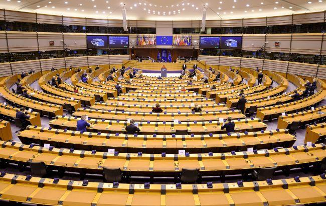 """Европарламент принял резолюцию относительно """"Северногопотока-2"""" и отключения РФ от SWIFT"""