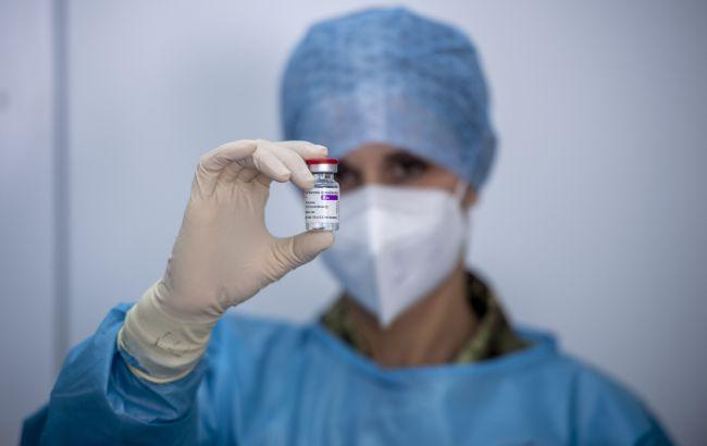 В Норвегии троих вакцинированных AstraZeneca медиков госпитализировали с тромбами