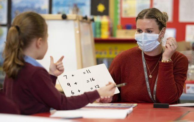 В Тернопольской области только в 5% учебных заведений достаточно вакцинировано преподавателей