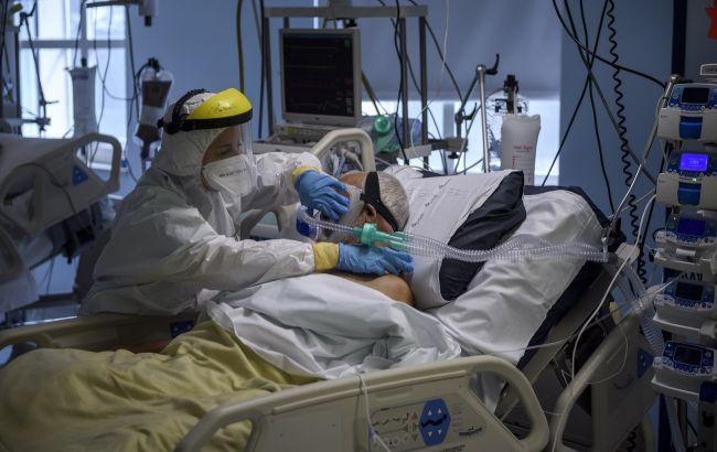 Уровень COVID-госпитализаций и смертей самый высокий среди невакцинированных, - ВОЗ