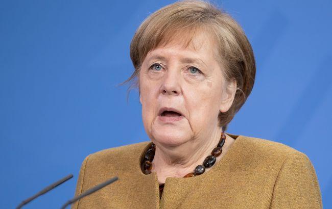 """Меркель особисто поїде в США для вирішення суперечок через """"Північний потік-2"""""""