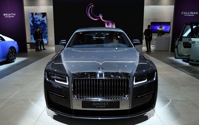 На дорогах Украины заметили новейший Rolls-Royce Ghost за 11 млн: фото красавца