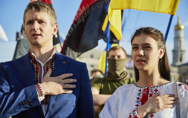 """В Украине вступил в силу ряд норм """"языкового закона"""": что изменилось"""