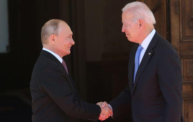 Байден заявив Путіну про неприпустимість кібератак: опубліковано список 16 секторів