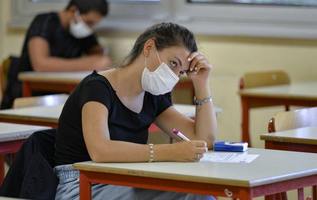 Пробное ВНО в Киеве и Николаевской области перенесли на 15 мая