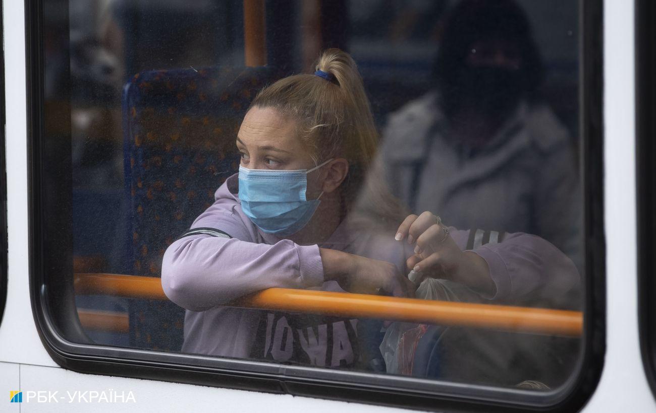 Вспышка коронавируса в Украине: более 16 тысяч новых заражений и 471 смерть за сутки