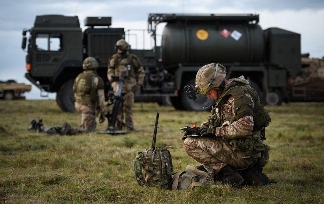 У Британії COVID-19 перекинувся на військових: депутати заявили про загрозу нацбезпеці