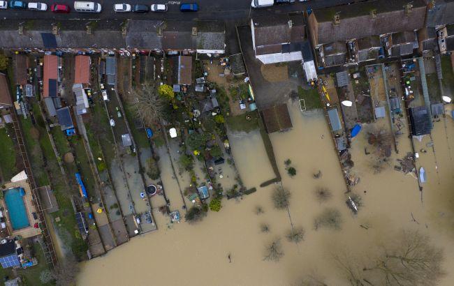 Проливные дожди обрушились на Японию:есть первая жертва и пропавшие без вести