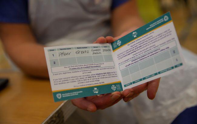 В Британии первую дозу COVID-вакцины получили более 30 миллионов человек