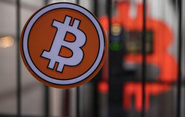 Налоговая служба США намерена отслеживать операции в криптовалюте