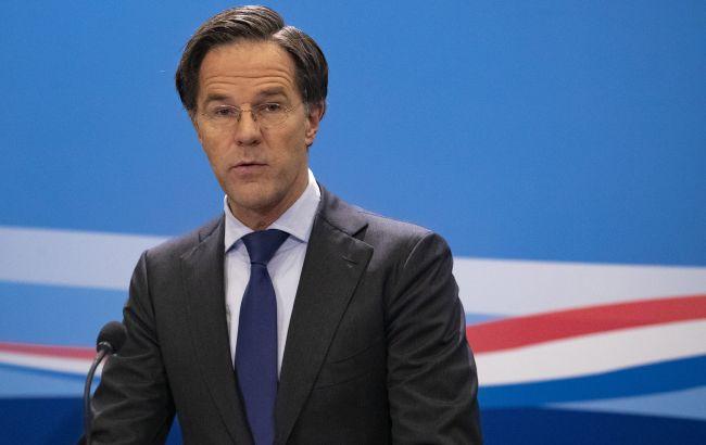 Премьер-министр Нидерландов вакцинировался от COVID